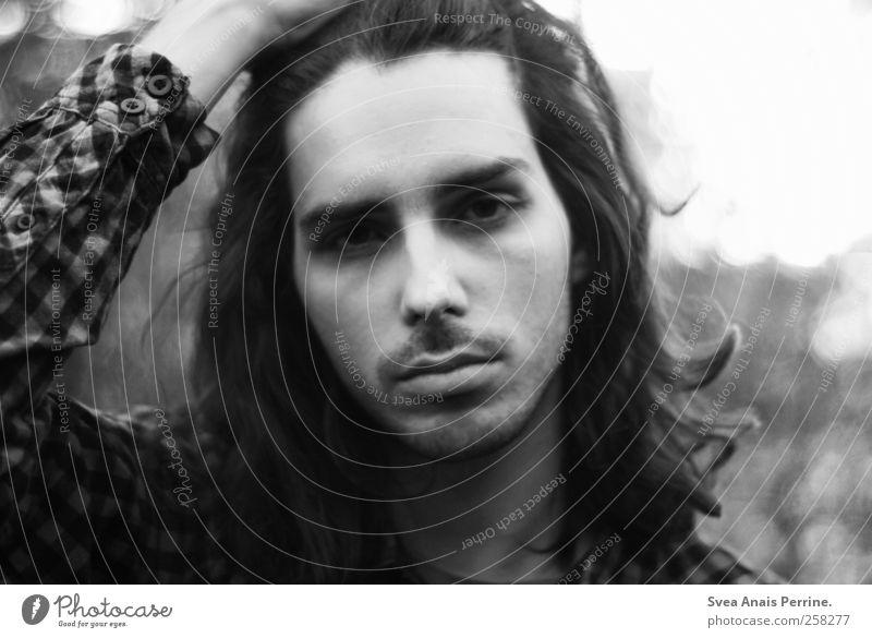 . Mensch Jugendliche Gesicht Erwachsene Umwelt Haare & Frisuren maskulin einzigartig 18-30 Jahre Locken brünett Langeweile langhaarig genervt