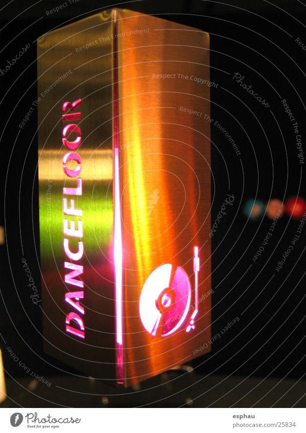 dancefloor Club Disco Bar Symbole & Metaphern Typographie Stil Plattenteller Party Foyer Schriftzeichen Dance Farbe turntabel