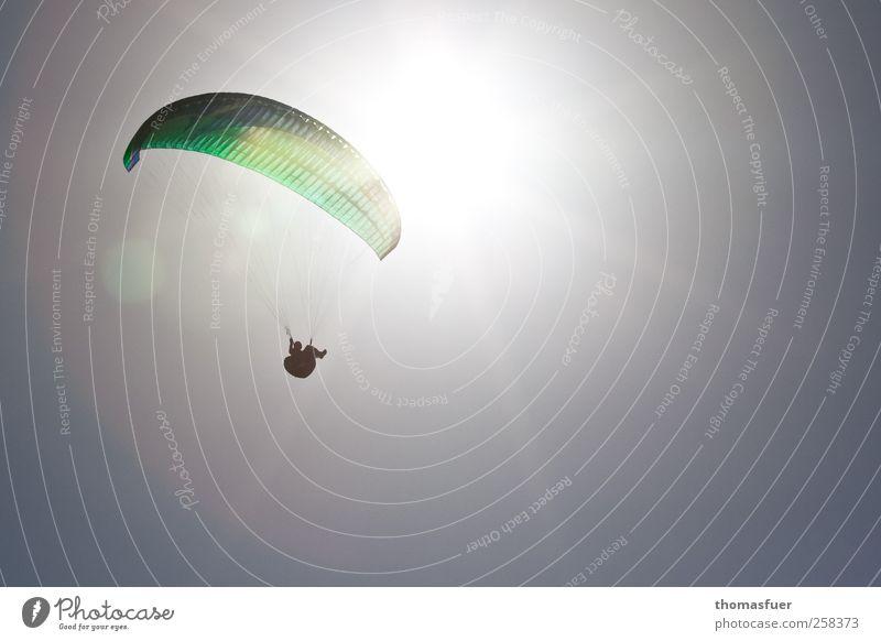 Ikarus 1 Mensch weiß grün Sommer Sonne Freude Ferne Bewegung Freiheit grau fliegen Freizeit & Hobby ästhetisch Abenteuer Schönes Wetter Unendlichkeit