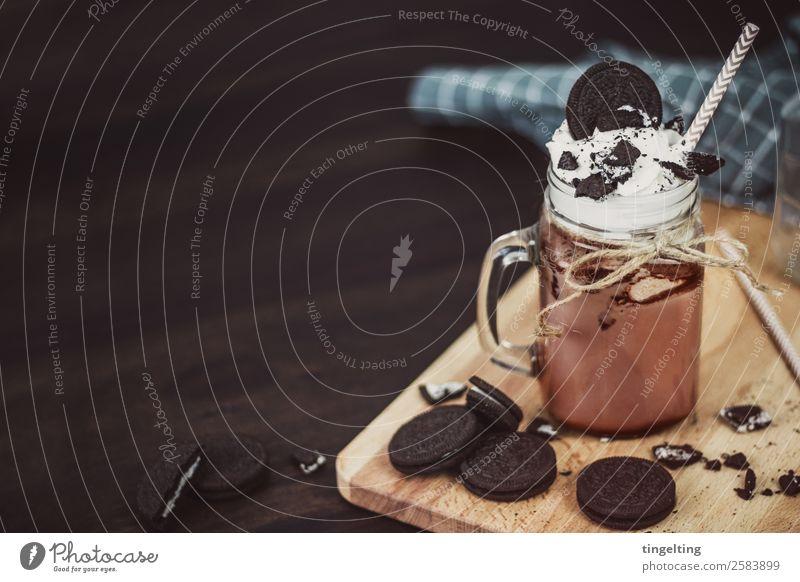 Oreo Shake Lebensmittel Milcherzeugnisse Schokolade Fastfood Getränk trinken Heißgetränk Kakao Tasse Becher Glas Trinkhalm Holz Essen Flüssigkeit lecker süß