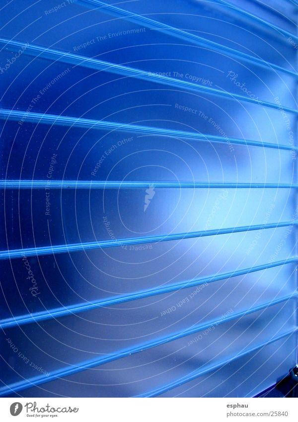 ich ma(g)ch blau Wand Linie Beleuchtung Glas Perspektive Dekoration & Verzierung streben Fototechnik Farbenspiel Farbton Fluchtpunkt