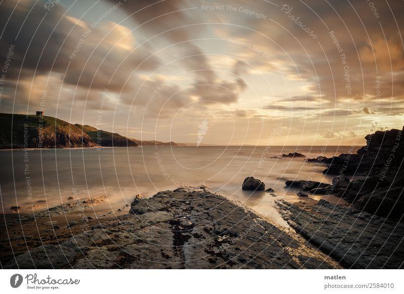 Sommerabend Natur Landschaft Himmel Wolken Horizont Sonnenaufgang Sonnenuntergang Schönes Wetter Felsen Wellen Küste Strand Bucht Riff Meer Ruine dunkel maritim