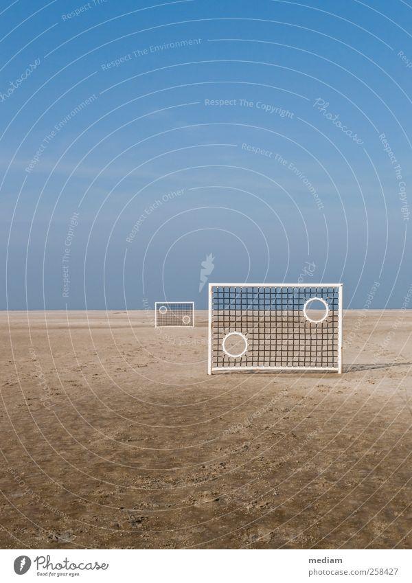 Strandfußball, Borkum Ferien & Urlaub & Reisen Ferne Erholung Sport Sand Horizont Freizeit & Hobby Fußball Insel Pause Nordsee Meer zielen bequem Wattenmeer