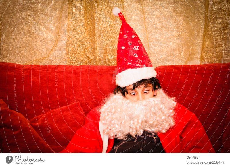 Schluss, aus, Nikolaus Weihnachten & Advent maskulin Kind Bart 1 Mensch 8-13 Jahre Kindheit Mütze sitzen rot Weihnachtsmann Farbfoto Studioaufnahme Oberkörper