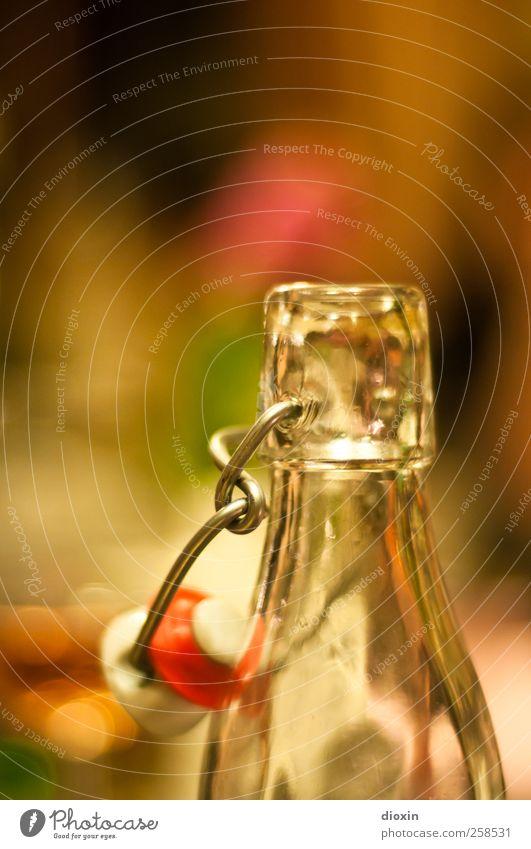 Baumloben | Schnaps Getränk Alkohol Spirituosen Flasche Flaschenhals Rauschmittel Nachtleben trinken Feste & Feiern Glas Metall Flüssigkeit lecker offen