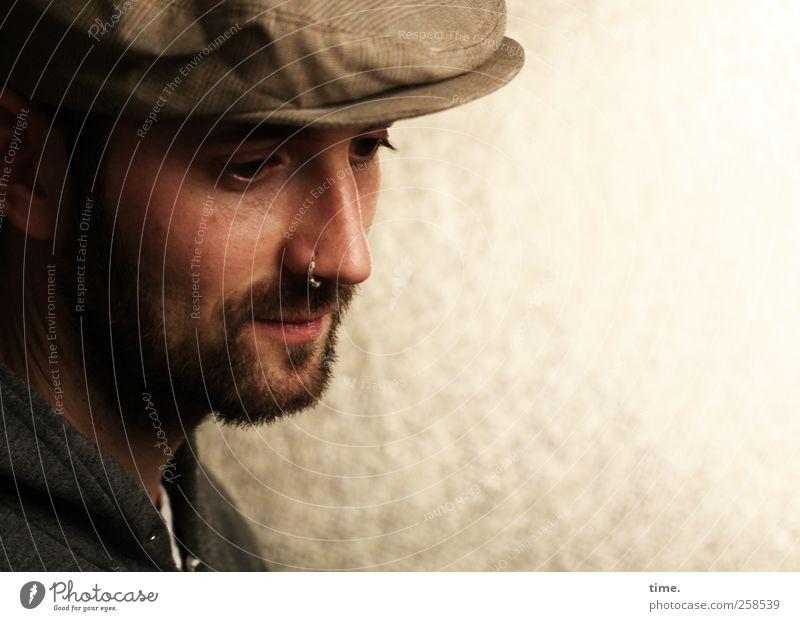Der Auswanderer maskulin Mann Erwachsene Kopf Gesicht Nase Bart 1 Mensch ästhetisch schön träumen Traurigkeit nachdenklich Farbfoto Gedeckte Farben