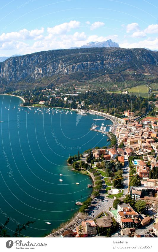 Garda Natur Wasser schön Ferien & Urlaub & Reisen Sommer Haus Landschaft Berge u. Gebirge Küste See Felsen Ausflug Italien Hafen Schönes Wetter Bucht