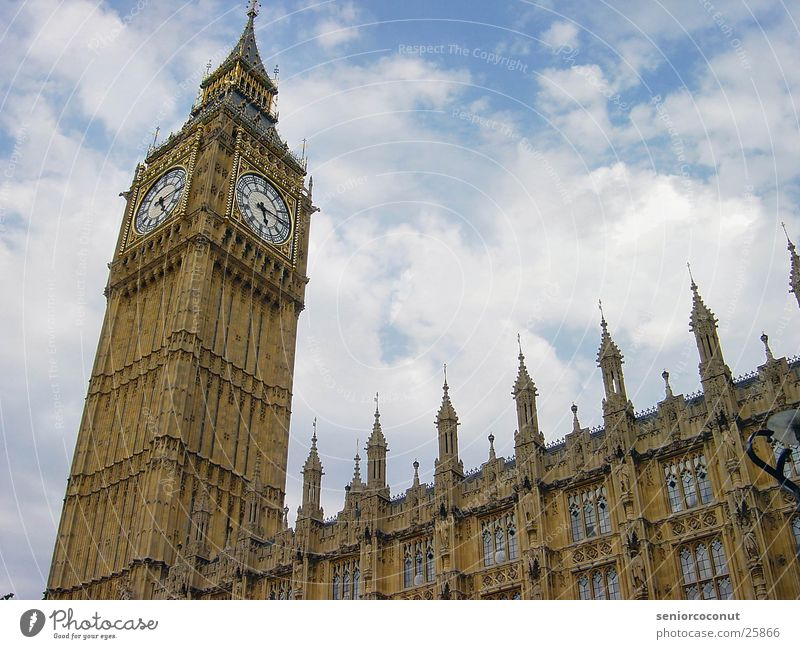 London - Big Ben Europa Turm Uhr Vergangenheit Houses of Parliament Turmuhr