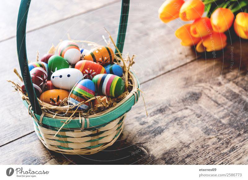 Ostereier im Korb und Tulpen Ostern Ei Farbe Ferien & Urlaub & Reisen Feste & Feiern Feiertag Hintergrundbild Gast Dekoration & Verzierung festlich Frühling
