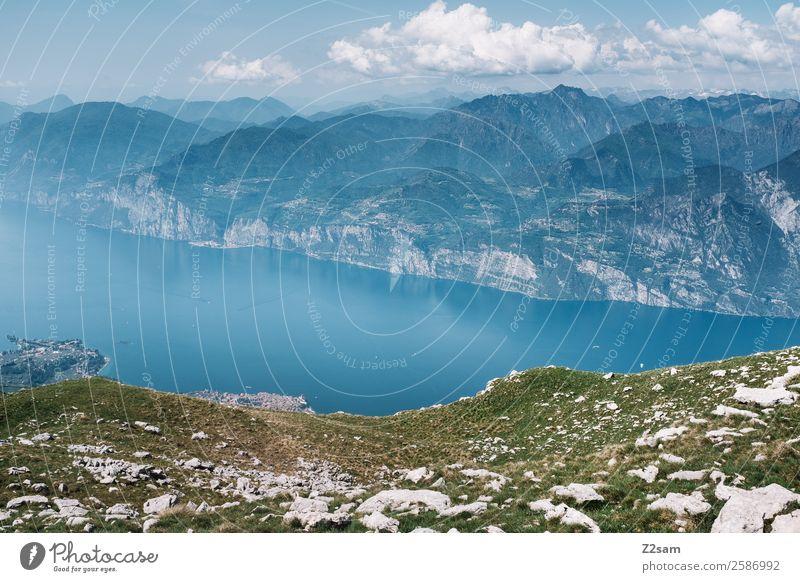 Lago di Garda Umwelt Natur Landschaft Himmel Wolken Sommer Schönes Wetter Wiese Berge u. Gebirge Seeufer gigantisch blau grün Abenteuer Erholung