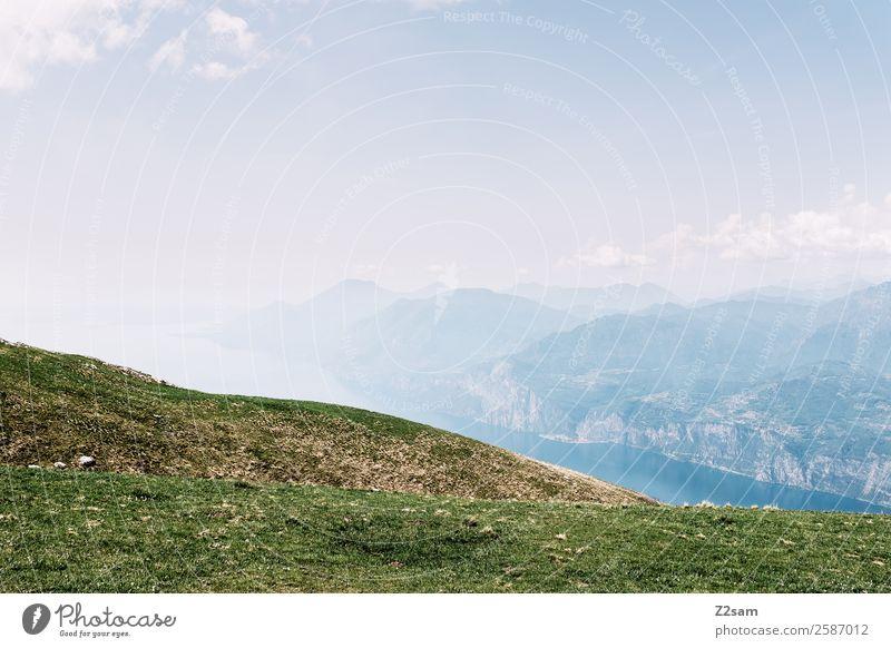 Monte Baldo | Gardasee Umwelt Natur Landschaft Himmel Schönes Wetter Wiese Alpen Berge u. Gebirge Gipfel gigantisch Unendlichkeit nachhaltig Wärme blau grün