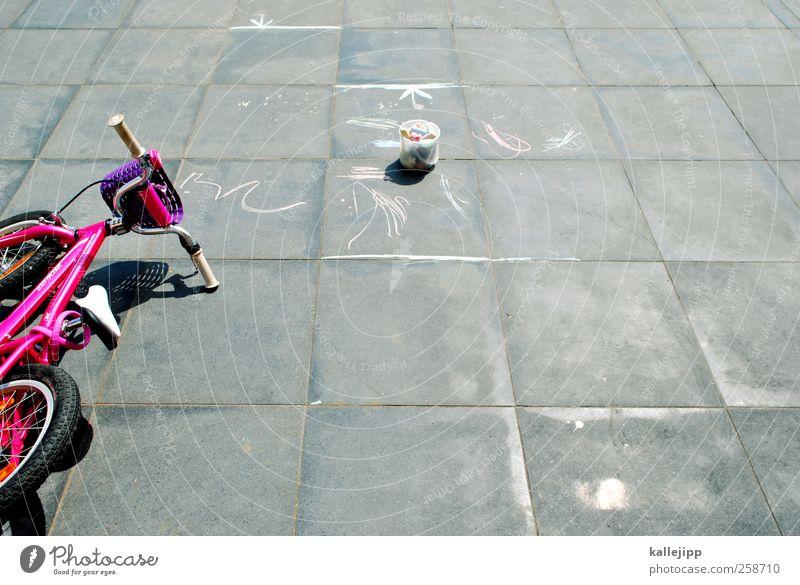 fahrbahnerweiterung Graffiti Spielen Fahrrad rosa Freizeit & Hobby Verkehr Lifestyle Ziffern & Zahlen malen Zeichen zeichnen Verkehrswege Kreide Kinderspiel