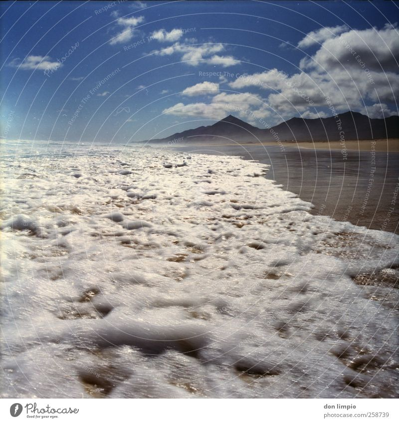 cofete blau Wasser Ferien & Urlaub & Reisen Meer Sommer Strand Wolken Ferne Berge u. Gebirge Stimmung Horizont Wellen nass Ausflug wild Insel
