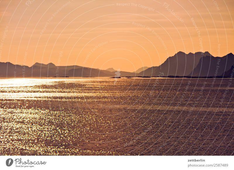 Feierabend auf Lofoten Himmel Natur Ferien & Urlaub & Reisen Himmel (Jenseits) Wasser Landschaft Sonne Meer Reisefotografie Ferne Textfreiraum Felsen hell
