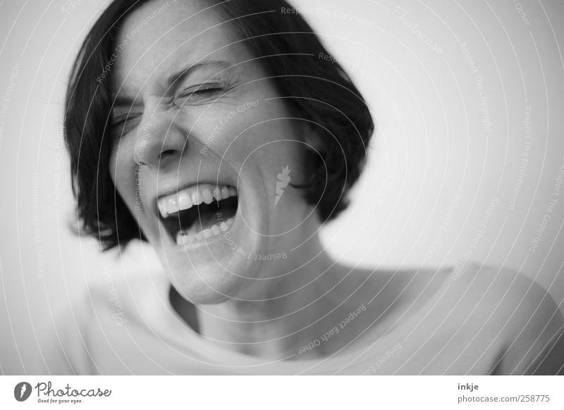 funny side of life Lifestyle Leben Frau Erwachsene Gesicht Mund 1 Mensch lachen leuchten authentisch Fröhlichkeit lustig Gefühle Stimmung Tugend Freude