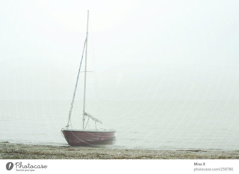 Charons Fähre Wolken Herbst Winter schlechtes Wetter Nebel Küste Seeufer Nordsee Meer Schifffahrt Segelboot Wasserfahrzeug Schwimmen & Baden trist grau Farbfoto