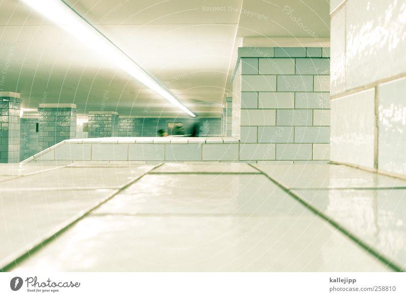 ankunft 2 Mensch Verkehr Verkehrswege Personenverkehr Öffentlicher Personennahverkehr Berufsverkehr U-Bahn Rolltreppe Alexanderplatz unterirdisch Tunnel