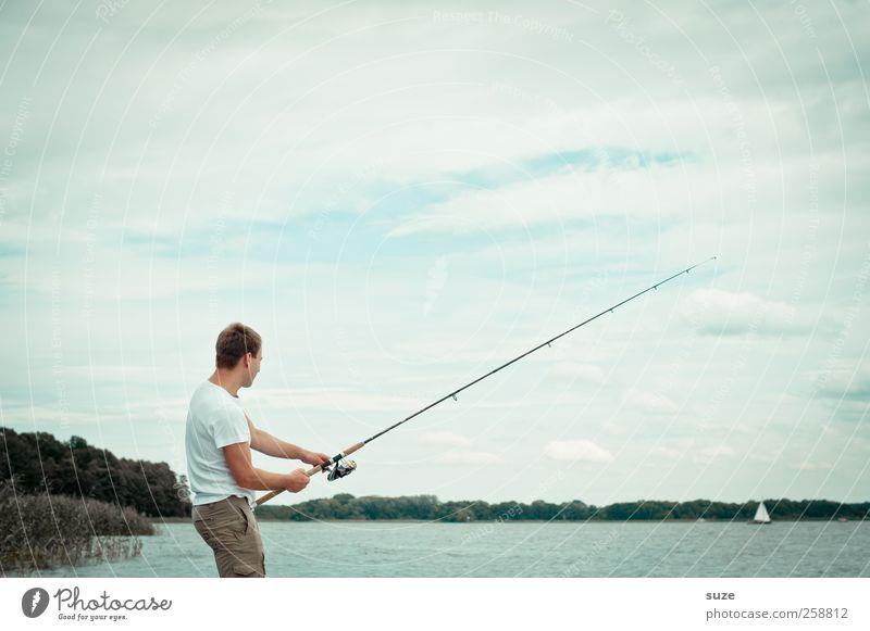 Fangfrage Freizeit & Hobby Angeln Ferien & Urlaub & Reisen Mensch maskulin Mann Erwachsene 1 Umwelt Natur Luft Wasser Himmel Horizont Klima Seeufer authentisch