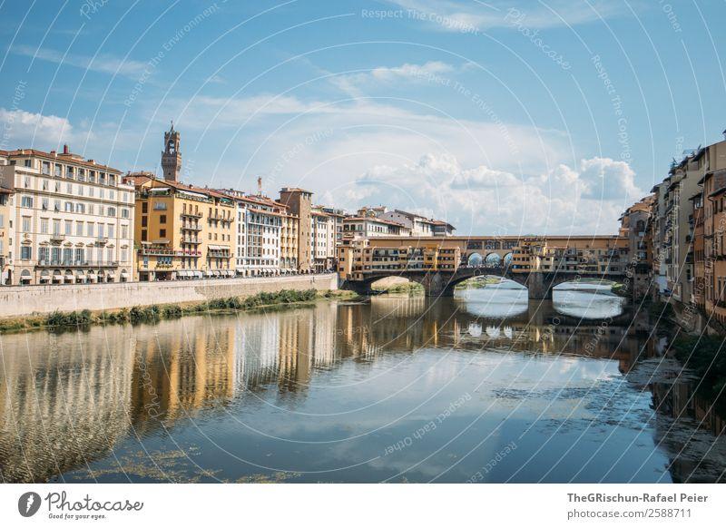 Florenz Stadt blau Sightseeing Architektur Brücke Reflexion & Spiegelung Italien Spaziergang Tourismus Reisefotografie entdecken Farbfoto Außenaufnahme