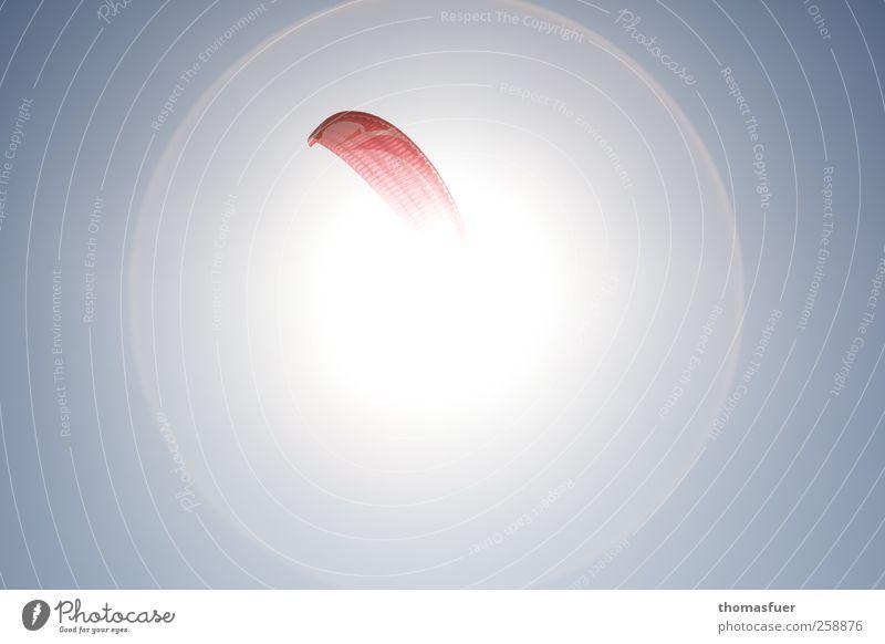 Ikarus 2 - Verschmelzung blau rot Sonne Sport Freiheit Wärme träumen hell fliegen hoch frei Abenteuer rund Sehnsucht heiß Schönes Wetter