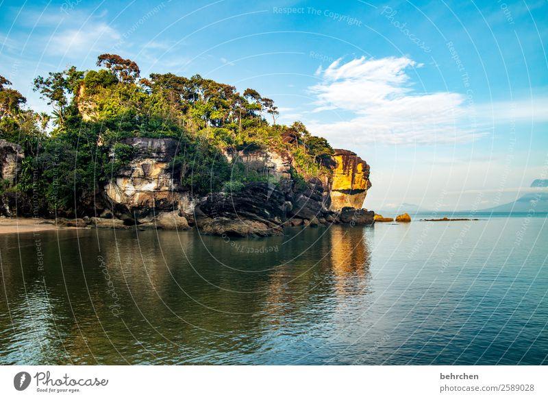 träume (er)leben Himmel Ferien & Urlaub & Reisen Natur schön Landschaft Baum Meer ruhig Ferne Strand Küste Tourismus außergewöhnlich Freiheit Felsen Ausflug