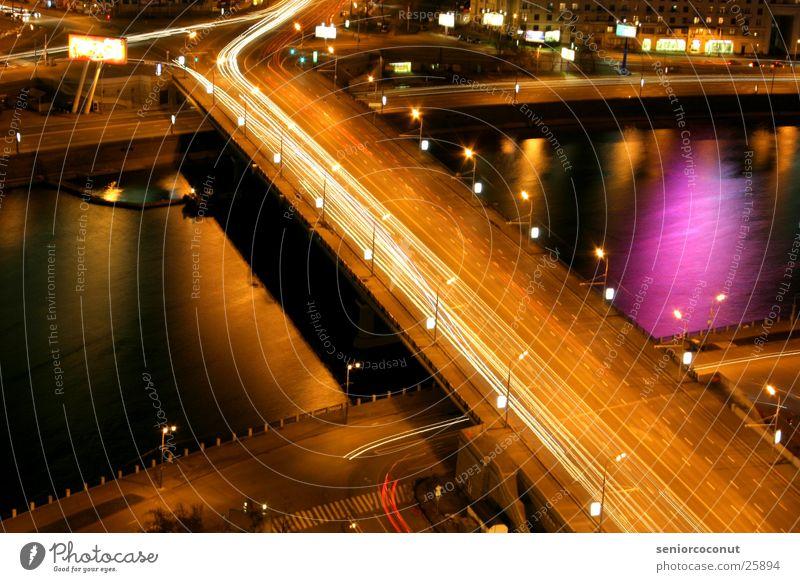 Moscow lights 2 Moskau Nacht Lichtstreifen Europa Brücke Fluss Wasser