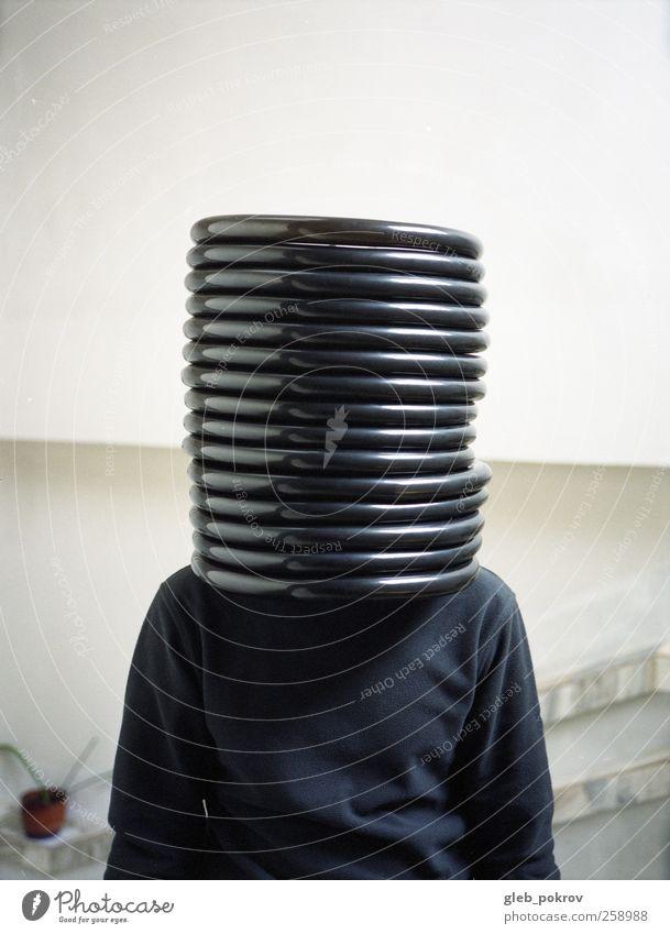 Mensch schön Stil Mode Körper Design stehen gut Lifestyle Bekleidung einzigartig Hut hören trendy atmen Helm