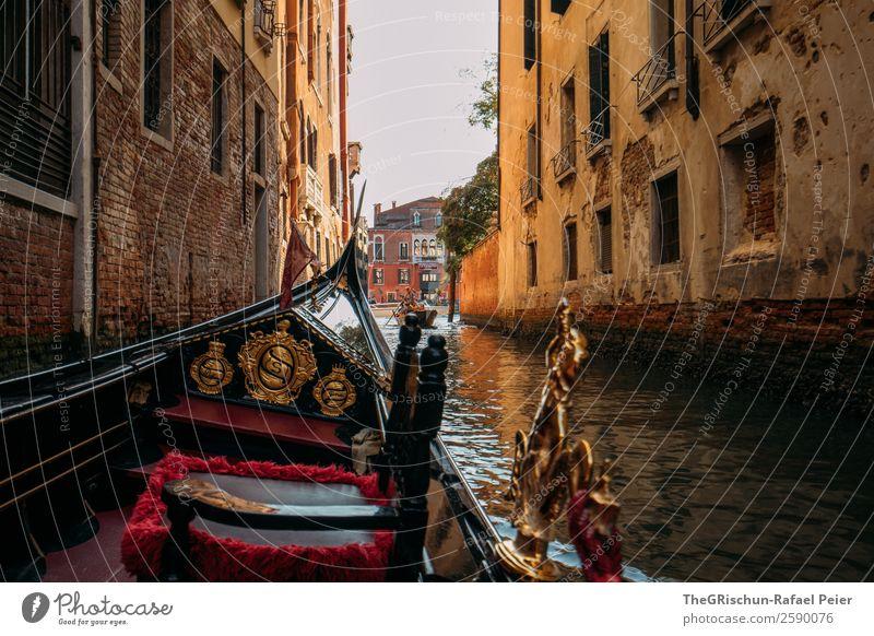 Venedig Gondola Dorf Altstadt Haus blau braun gold orange rot schwarz weiß Gondel (Boot) Italien Tourismus Wasser Romantik Wasserfahrzeug Kanal Gasse alt
