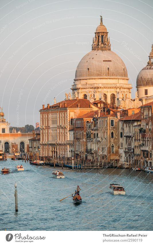 Venedig Kleinstadt Stadt Hafenstadt Stadtzentrum Dom blau braun gelb gold beeindruckend Canal Grande Gondoliere Haus Reisefotografie Stimmung Italien Farbfoto