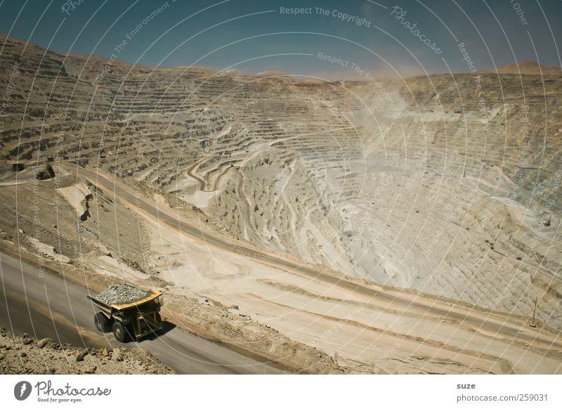Chuquicamata Himmel Straße Umwelt Sand Wege & Pfade Erde dreckig Verkehr außergewöhnlich Boden Wandel & Veränderung Industrie Baustelle Urelemente Lastwagen Fahrzeug