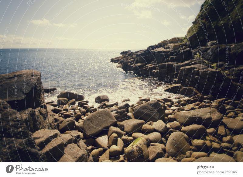 swim until you can't see land Umwelt Natur Landschaft Urelemente Erde Wasser Himmel Wolken Horizont Sonne Schönes Wetter Felsen Wellen Küste Strand Bucht Meer