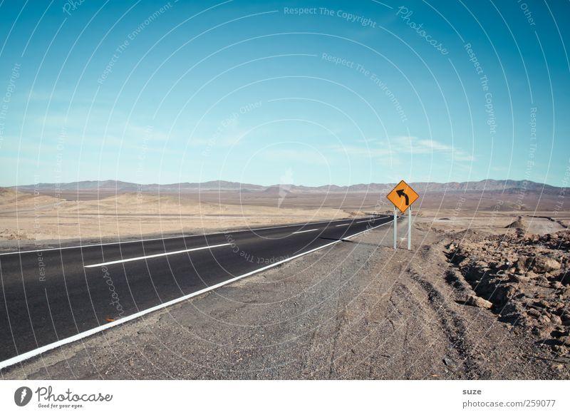 One Way Umwelt Natur Landschaft Urelemente Erde Himmel Horizont Sommer Klima Schönes Wetter Verkehr Verkehrswege Straßenverkehr Autofahren Wege & Pfade