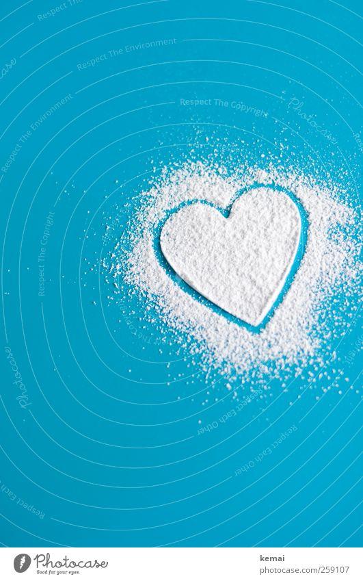 Pulverherz blau weiß Liebe Herz Tisch Häusliches Leben Küche Zeichen türkis Lebensfreude Verliebtheit Sympathie Frühlingsgefühle Puderzucker