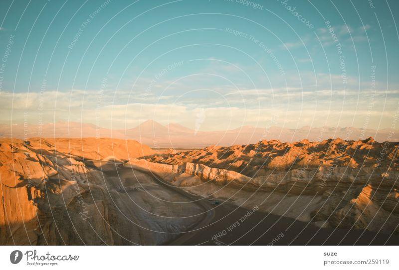 Valle de la Luna* Himmel Natur blau Sommer Umwelt Straße Landschaft Berge u. Gebirge Wärme Wege & Pfade Sand Luft Horizont Erde Wetter Felsen