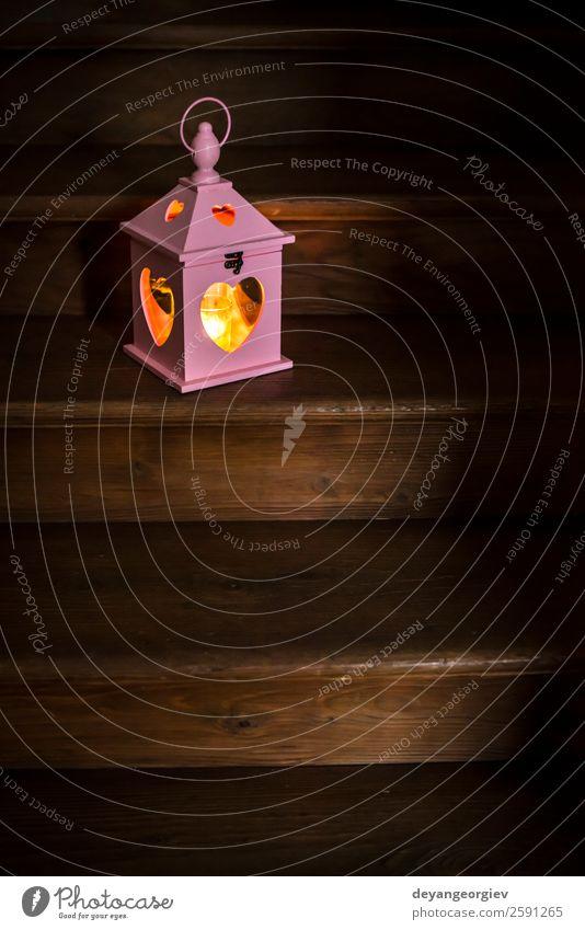 Herzförmige Laterne und Kerze Stil Design Dekoration & Verzierung Lampe Feste & Feiern Valentinstag Kunst Holz Liebe dunkel rot Licht romantisch Feiertag