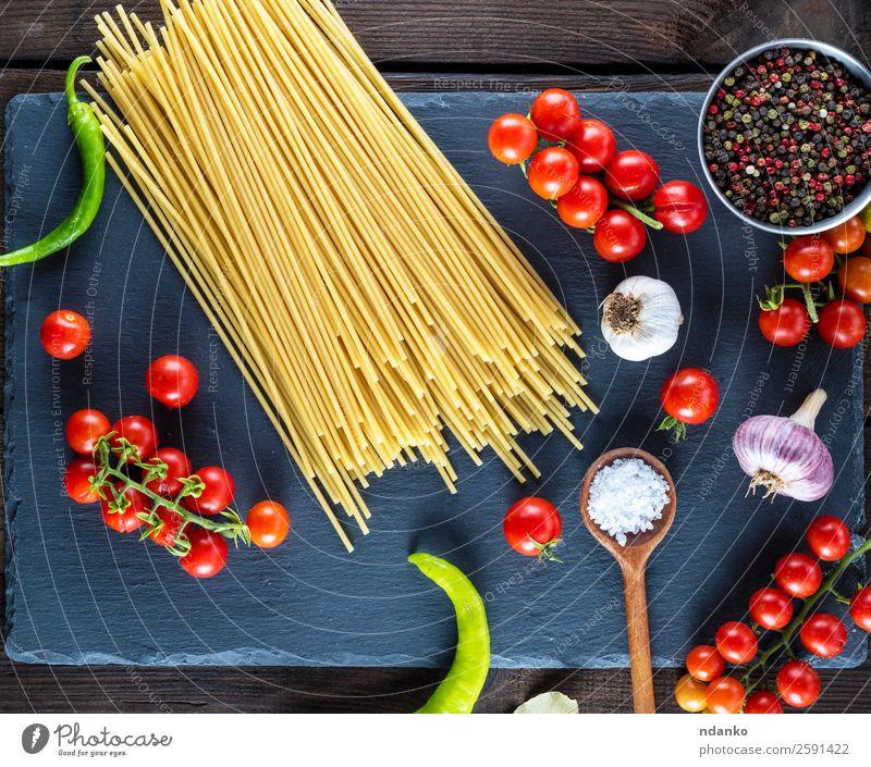 Farbe rot schwarz Essen gelb Holz oben Linie frisch Tisch groß Küche Kräuter & Gewürze Gemüse Tradition Backwaren