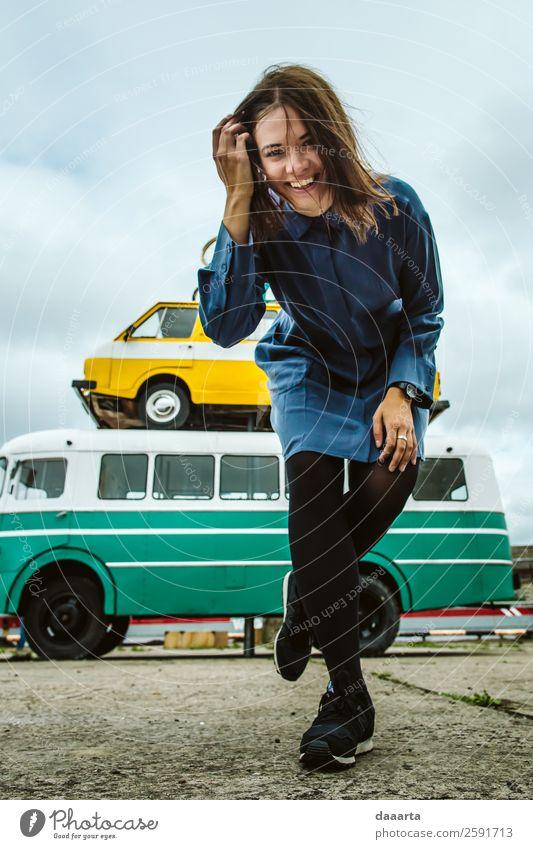 Ferien & Urlaub & Reisen Jugendliche Junge Frau Sommer schön Freude Leben feminin Gefühle Stil Spielen Tourismus Freiheit Stimmung Ausflug Design