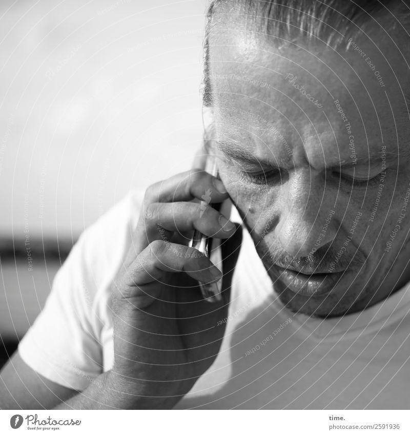 Christian Telefon Technik & Technologie Telekommunikation PDA Telefongespräch maskulin Mann Erwachsene 1 Mensch Schönes Wetter T-Shirt kurzhaarig Dreitagebart