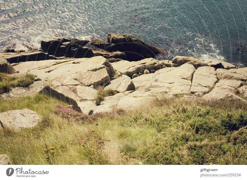 abgrund Natur blau Wasser Pflanze Sommer Meer Wiese Umwelt Landschaft Gras Küste Stein Wellen Erde Felsen hoch