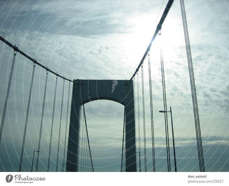 NYC Bridge Himmel Sonne Brücke blenden Hängebrücke