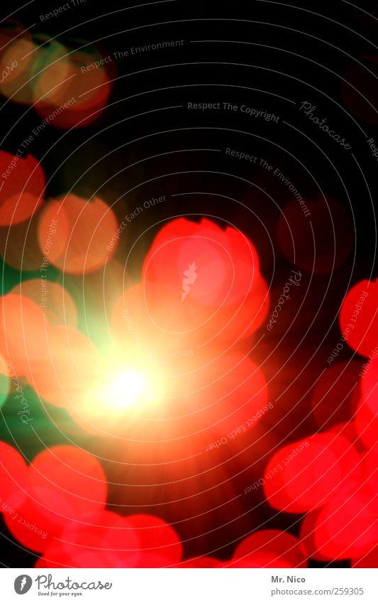 geleuchte Nachtleben Kunst rot Lampe rund leuchten glänzend Punkt grell blutkörperchen außergewöhnlich bizarr Kitsch Kreis Energie knallig Farbfleck Lichtkegel