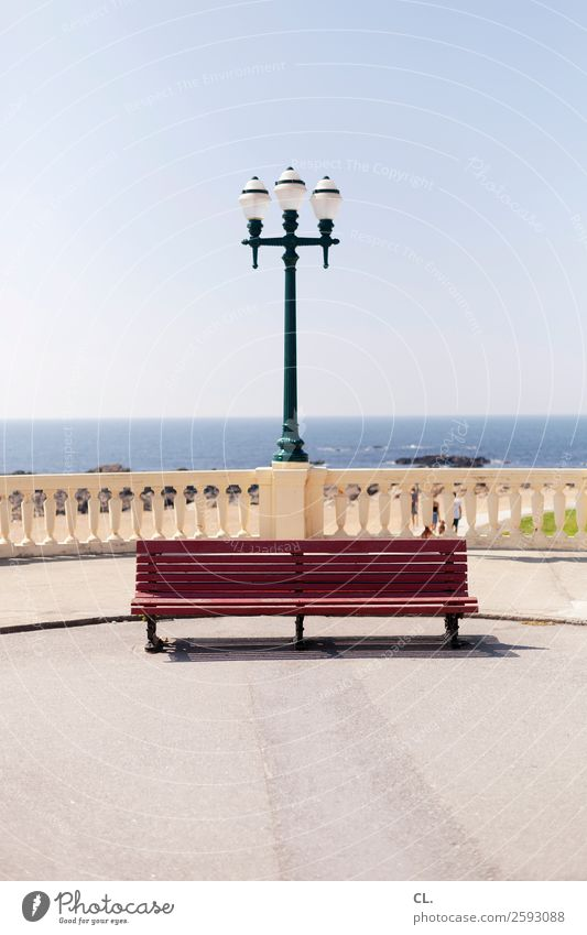 bank ohne aussicht Ferien & Urlaub & Reisen Tourismus Ausflug Ferne Freiheit Städtereise Sommer Sommerurlaub Strand Wolkenloser Himmel Schönes Wetter Meer Porto