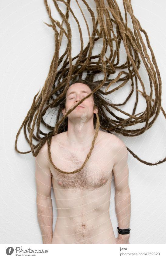 Medusa III maskulin Junger Mann Jugendliche Haare & Frisuren langhaarig Rastalocken außergewöhnlich Unendlichkeit trendy einzigartig nackt natürlich rebellisch