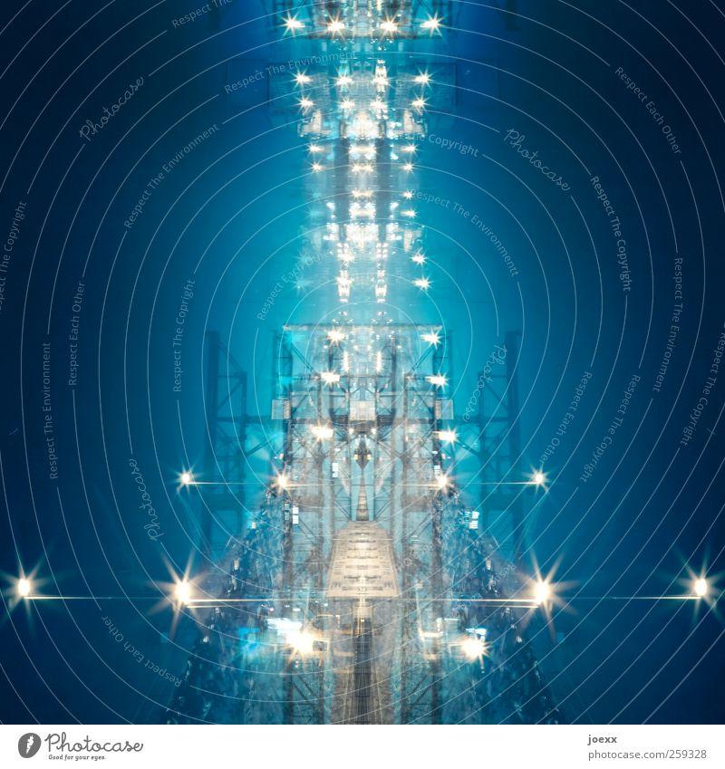 UFO Energiewirtschaft hell blau gelb weiß Surrealismus Symmetrie Weltall Zukunft Lichtermeer Raumfahrzeuge Farbfoto Experiment Muster Menschenleer Nacht