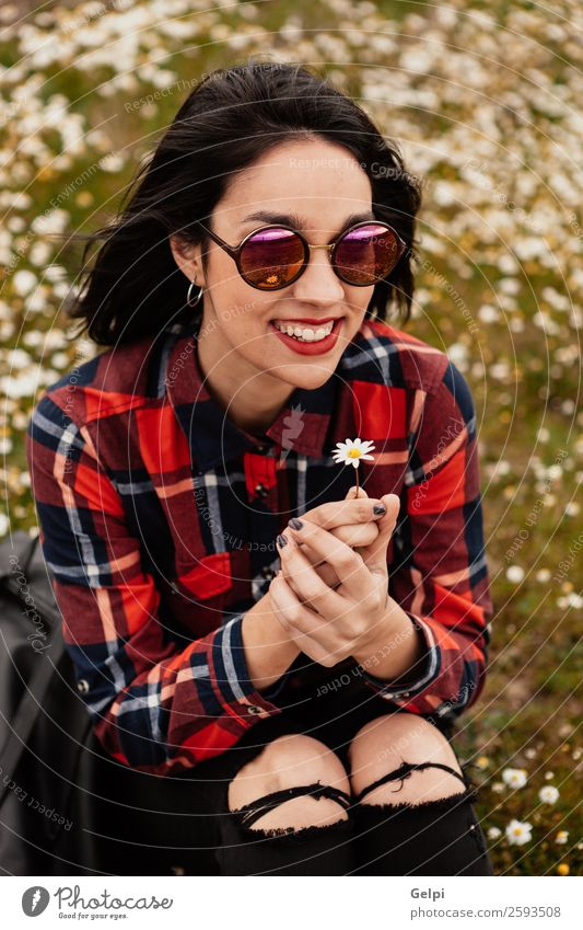 Frau Mensch Himmel Natur schön grün weiß rot Blume Erholung Freude Gesicht Lifestyle Erwachsene Blüte natürlich