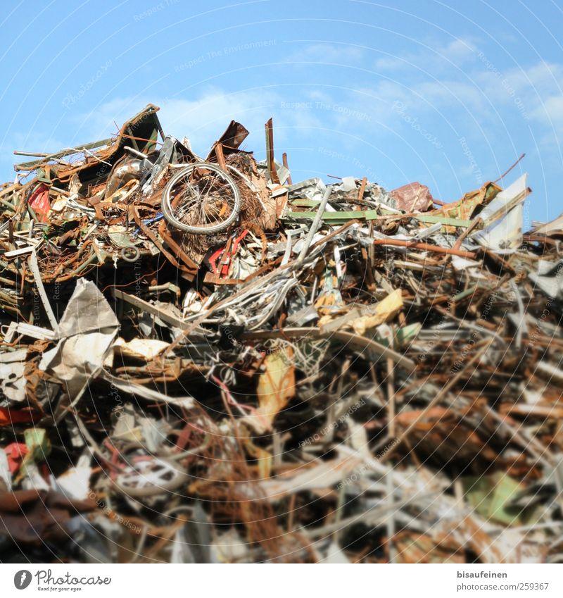 Wheel of Time Berge u. Gebirge Müll Eisen Recycling Umweltverschmutzung High-Tech Schrott Rohstoffe & Kraftstoffe Müllhalde Rohstofflager