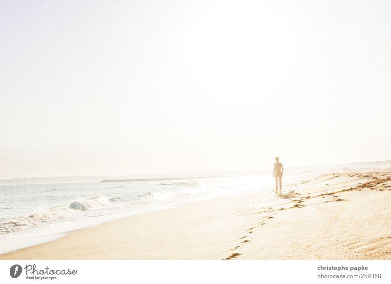 sunny memories Mensch Ferien & Urlaub & Reisen Sommer Sonne Meer Einsamkeit Strand Küste Freiheit Sand gehen Horizont Tourismus Zufriedenheit Wellen Idylle