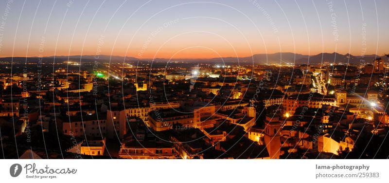 Lights of Granada [VI] Ferien & Urlaub & Reisen Tourismus Städtereise Sonnenaufgang Sonnenuntergang Andalusien Spanien Stadt Stadtzentrum Skyline Haus leuchten