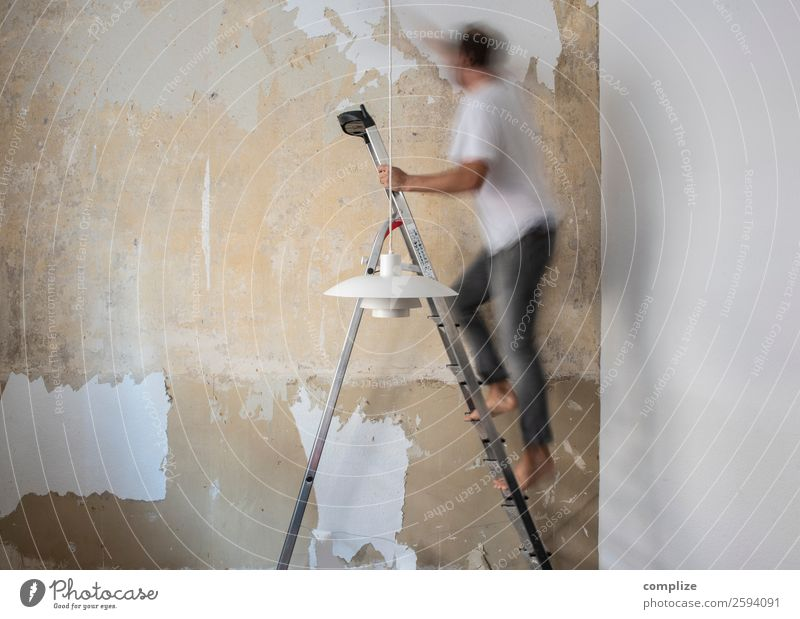 Renovieren Häusliches Leben Wohnung Haus Hausbau Umzug (Wohnungswechsel) Raum Wohnzimmer Küche Handwerk Baustelle Mann Erwachsene Arbeit & Erwerbstätigkeit