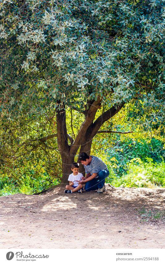 Frau Kind Mensch Natur Sommer schön grün weiß Landschaft Baum Freude Wald Lifestyle Erwachsene Leben Herbst